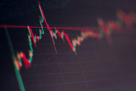 Bitcoin Stablizes With Institutional Support, But Volatility Could Hit in March